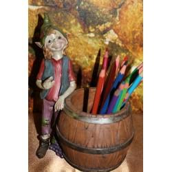 Elfe porte crayon.