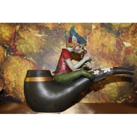 Elfe porte bougie.