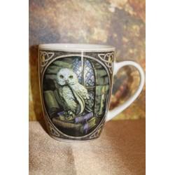 """Mug en porcelaine """" chouette Effraie"""" Lisa Parker."""