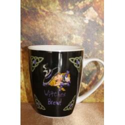 """Mug """"sorcière alanguie"""" de Lisa Parker."""