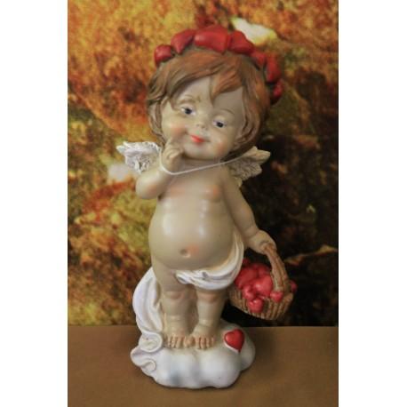 ange portant un panier rempli de coeurs.