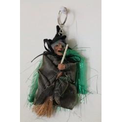 Petite sorcière porte clef en satin coloré!